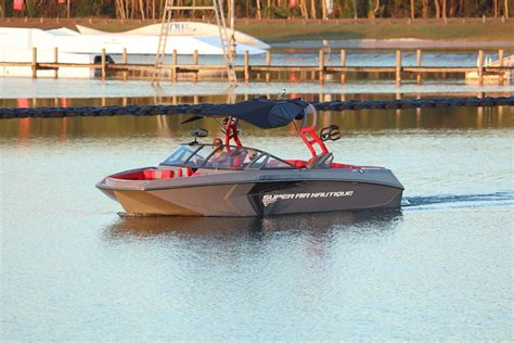 Nautique Boats Facebook by Nautique Boats The G23 That S Pulling The Nautique Wake