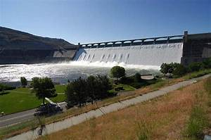 Grand Coulee Dam, Columbia River, Washington - Water ...