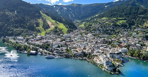 The town of Zell am See in the Zell am See Kaprun region