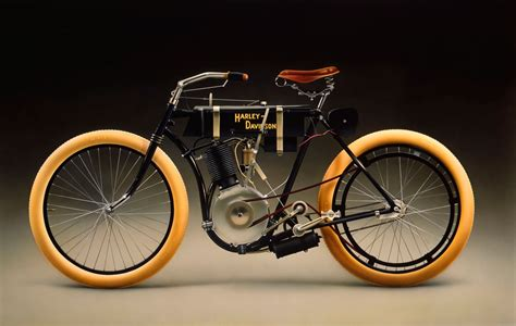 The Controverisial History Of The First Harley Davidson Sold