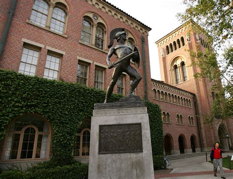 Journalism Colleges by List Of Top Ten Best Journalism Schools In Us Top Ten