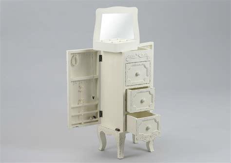 d馗o chambre romantique meubles shabby chic romantiques meuble amadeus