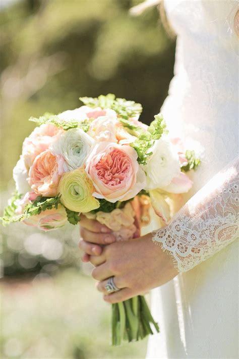 summery garden rose  ranunculus bouquet fab mood