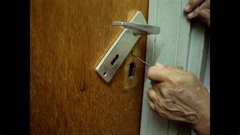 warded types lock opening  picking   cases youtube