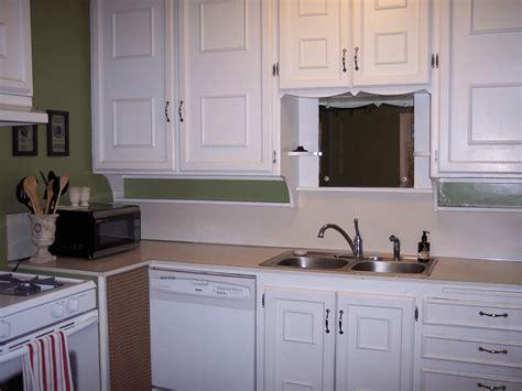 adding trim to kitchen cabinets which kitchen cabinet trim ideas do you choose