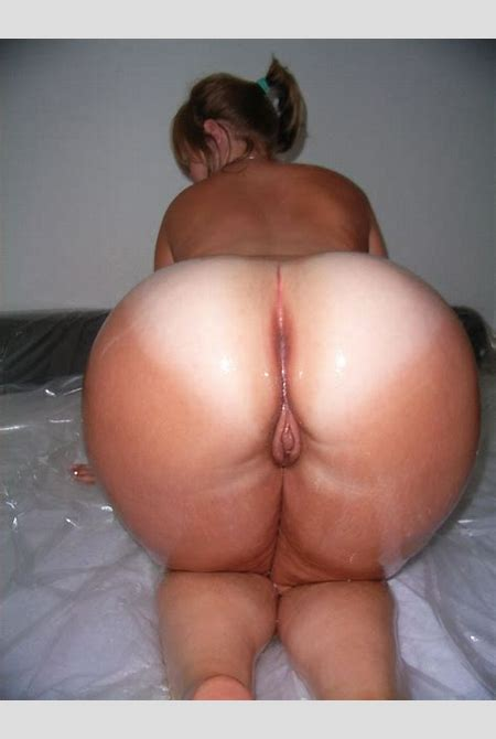 Thick Ass Amateurs – Amateur Housewives with Hughe round ass