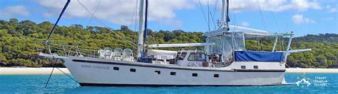 Boats Sydney by Sydney Sundancer Boat Hire Whitsundays Charter Sydney