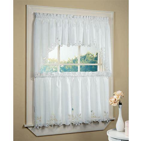 curtain ideas for bathrooms bathroom windows curtain ideas 4605
