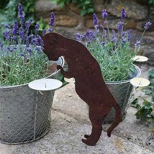 Decoration Jardin Metal : utiliser la peinture effet rouill pour sublimer son jardin ~ Teatrodelosmanantiales.com Idées de Décoration