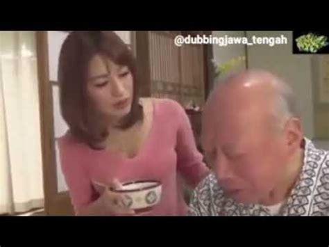 Kakek paling virall di indonesia dengan banyak perempuan muda ambil positif nya aja buang yang negatif guys jangan lupa. kakek sugiono memanjakan cucunya - YouTube