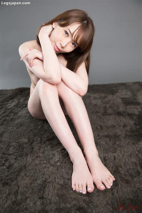 Aya Kisaki's Devilishly Naughty Foot Job Delivers Cum to ...