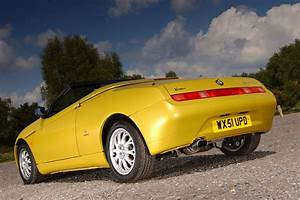 Alfa Romeo Spider : used car buying guide alfa romeo spider autocar ~ Maxctalentgroup.com Avis de Voitures