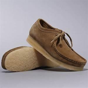 Clarks skor