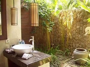 33 Outdoor Bathroom Design and Ideas - InspirationSeek com