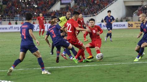 Bxh bảng g vòng loại world cup 2022 khu vực châu á phía trước tuyển việt nam là 3 trận đấu với indonesia (07/06), malaysia (11/06) và uae (15/06). BXH bảng G vòng loại World Cup 2022: Việt Nam giữ vững vị trí số 1