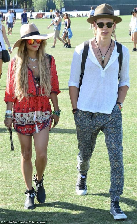 413 best 2017 Festival Outfits images on Pinterest | Coachella Festival fashion and Festival style