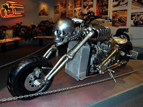 Skeleton Chopper Skull Custom Bike