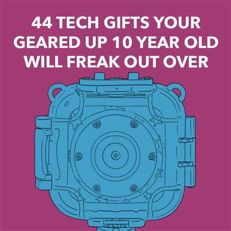 tech gifts  geared   year   freak
