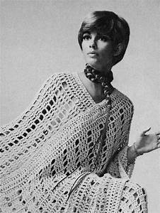 1970s Vintage Pattern To Crochet Poncho   Cape  U0026 Pants Suit