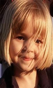 Coupe De Cheveux Pour Enfant : coupe cheveux enfant fille ~ Dode.kayakingforconservation.com Idées de Décoration