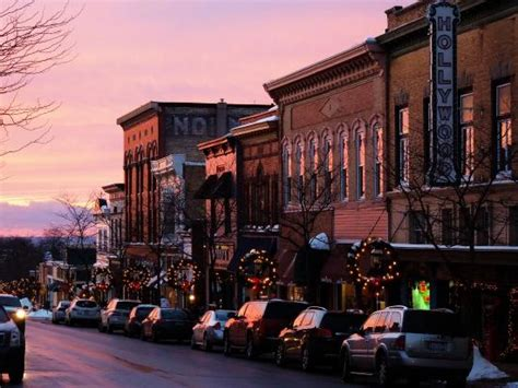 gas light district downtown petoskey gas light district picture of