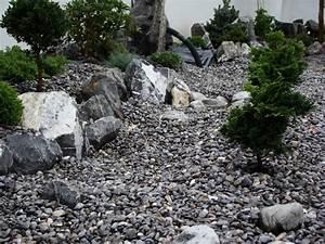 Garagenzufahrt Gestalten Mit Kies Oder Schotter : die richtige vorbereitung f r ihren steingarten steinakzente ~ Indierocktalk.com Haus und Dekorationen