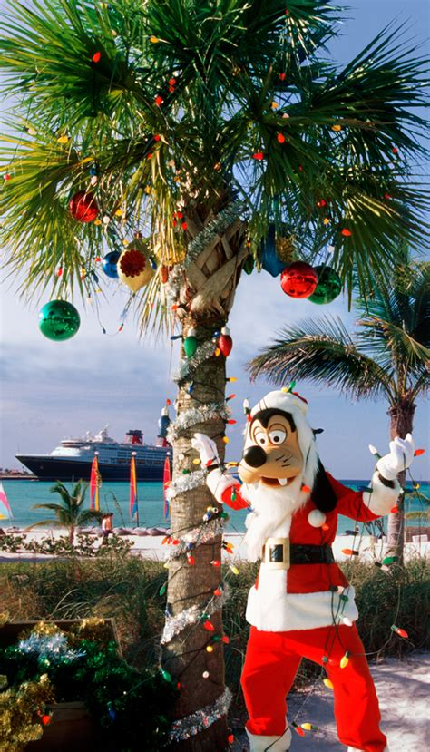 bahamas christmas decorations winter holidays with disney cruise line chip and co