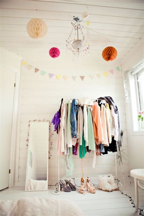 open space closets for those who are organized and want