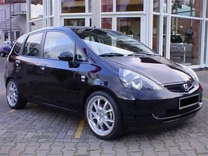 2004 Honda Jazz - Pictures