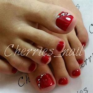 Best merry christmas toe nail art designs