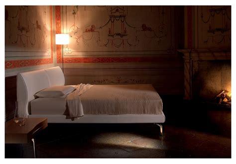 letto poltrona frau letto eosonno di poltrona frau design luciano pagani e