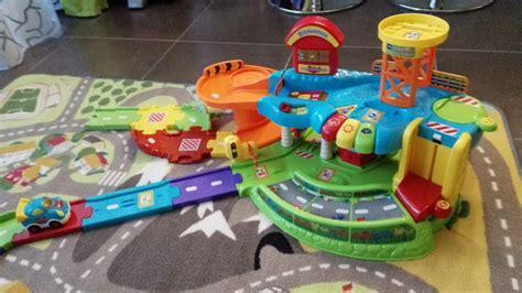 ensemble chambre bebe les jouets tut tut bolides de vtech maman teste tout