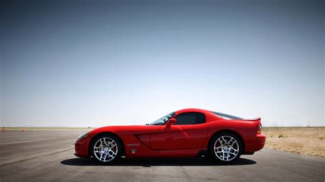 dodge viper wallpaper dodge viper rt 10 wallpaper hd car wallpapers id 2728