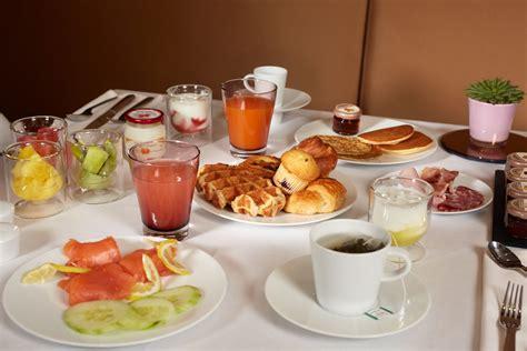 chambre et petit dejeuner hotel 5 etoiles chambre de luxe hotel juliana