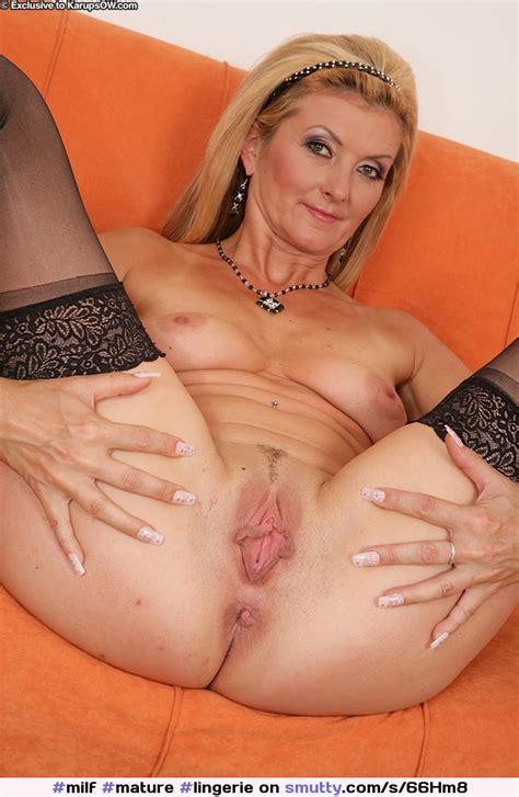 milf mature lingerie spread shavedpussy blonde