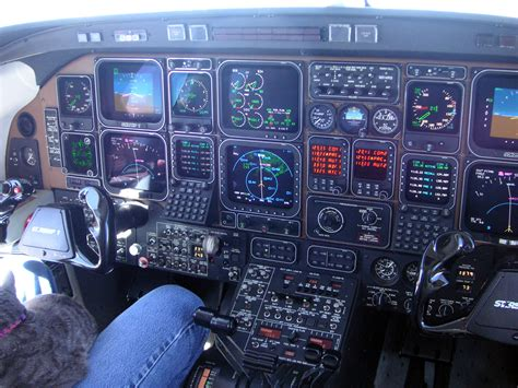 beechcraft starship instrument panel details
