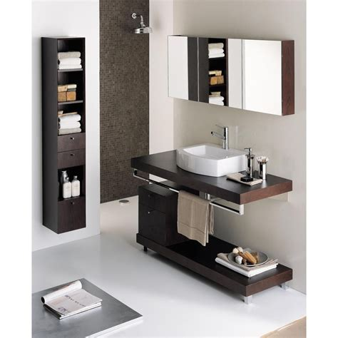 Wall mounted wood countertop with brackets, countertop