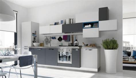 cuisine gris et blanc astuces déco cuisine gris et blanc