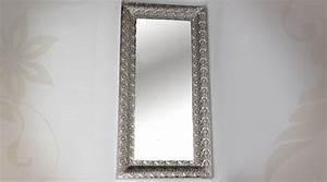 Miroir Rectangulaire Mural : miroir mural en m tal dor avec strass en losange ~ Teatrodelosmanantiales.com Idées de Décoration