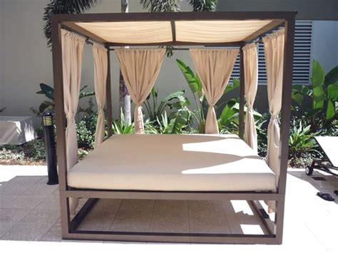 outdoor canopy bed an elegantly luxurious outdoor daybed with canopy