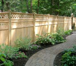 Post Published Kalkunta Some Collections Of Wood Fence Designs And How To Build It