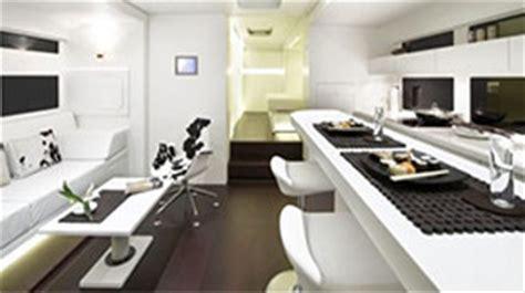 luxury caravans  hitting