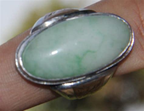 jual beli batu giok putih garis hijau bekas aksesoris perhiasan fashion pria murah