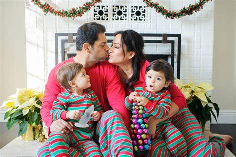 holiday card family photos christmas sweater theme