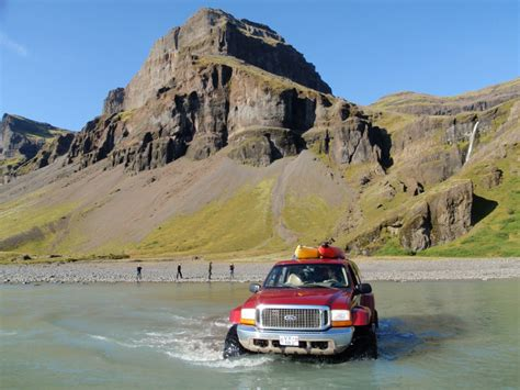 travel bureau car iceland 24 iceland travel and info guide car rental
