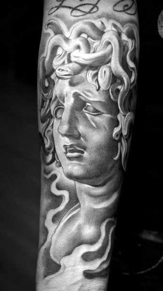 Venny Wildha: Lowrider Tattoo