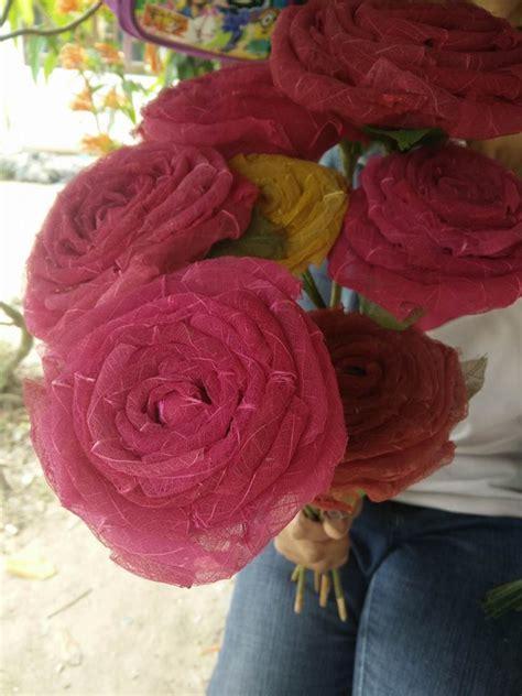 ดอกไม้ประดิษฐ์จากยางพารา