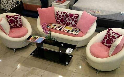model sofa minimalis unik lucu  ruang tamu kecil