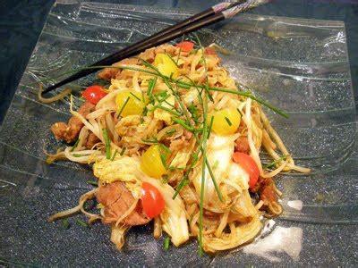 cuisiner les pousses de soja porc sauté au chou et gingembre la recette facile par