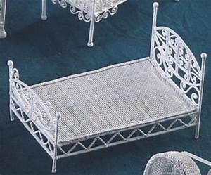 Lit Metal Blanc : lit metal adulte metal blanc ~ Teatrodelosmanantiales.com Idées de Décoration